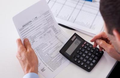 Как вернуть переплату по налогам или сделать зачет, какие документы нужны, сроки