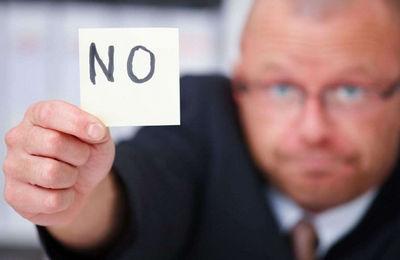 Работодатель не отдает трудовую книжку - действия сотрудника, мера ответственности, как восстановить документ