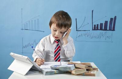 Трудоустройство несовершеннолетних: можно ли их брать на работу, особенности, ограничения при приеме
